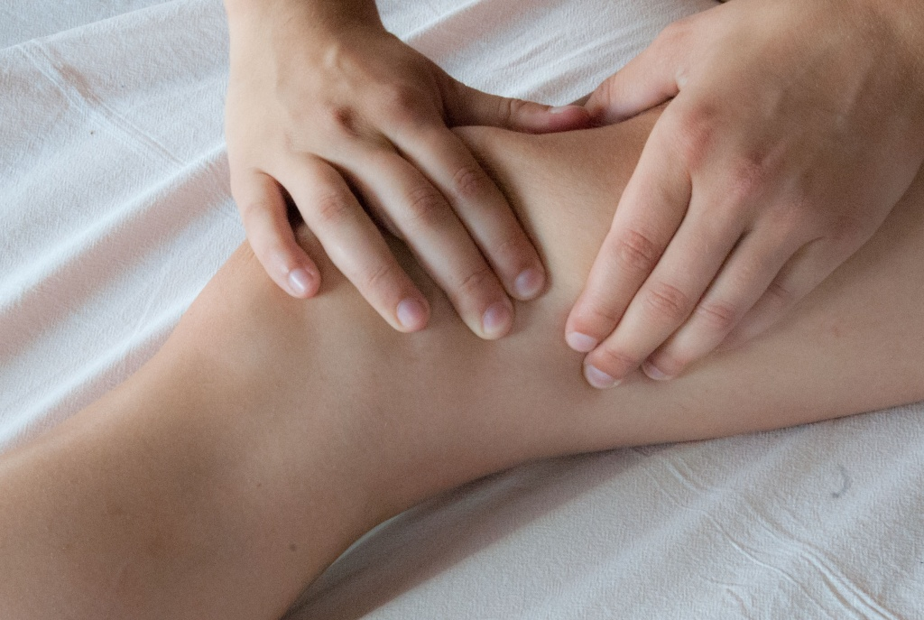 Massage_Knie